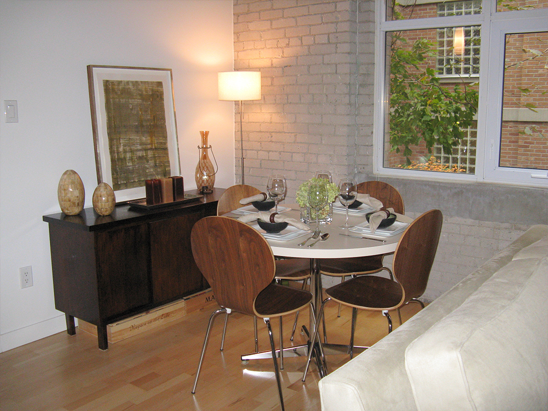 homefront redesigns project Queen Street Loft, Toronto, dining area