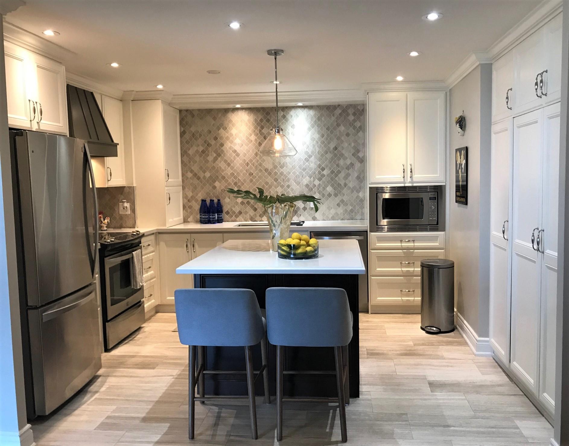 Homefront-Redesigns-Richview-kitchen